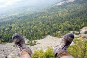 Правильный выбор одежды и обуви для похода
