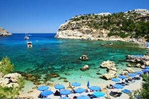 Солнечный остров в Эгейском море