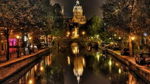 Как самостоятельно поехать в Амстердам?