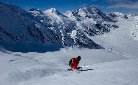 На сноуборде в Аляске