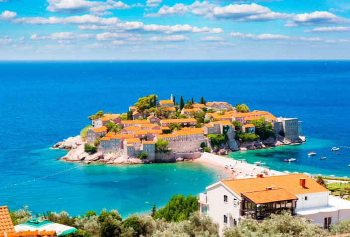 Отдых в Черногории в июне и в любое другое время